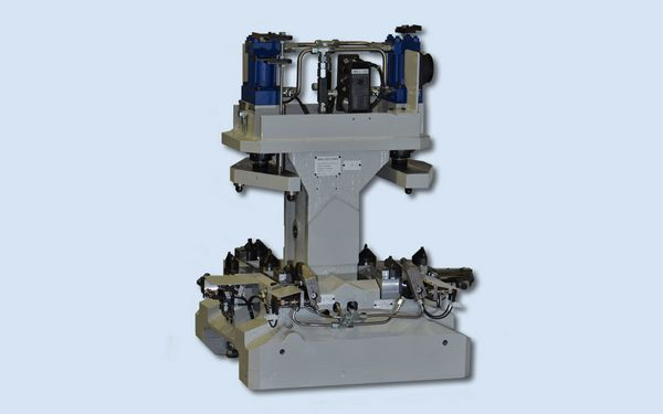 Spannvorrichtung für Zylinderkurbelgehäuse-Transferlinie